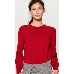 Sweter z marszczonymi rękawami - Czerwony. Czerwone swetry klasyczne damskie Mohito, l. Za 79,99 zł.
