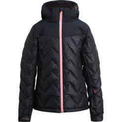 Brunotti SIRRY Kurtka snowboardowa black. Czarne kurtki chłopięce Brunotti, z elastanu, narciarskie. W wyprzedaży za 471,20 zł.
