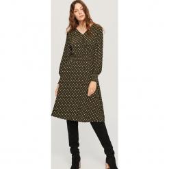 Sukienka w kropki - Khaki. Brązowe sukienki marki Reserved, l, w kropki. Za 119,99 zł.