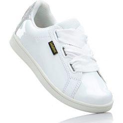 Sneakersy Smiley bonprix biały. Różowe buty sportowe chłopięce marki New Balance, na lato, z materiału. Za 74,99 zł.