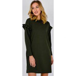 Sukienki: Sukienka z falbankami na rękawach