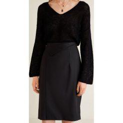 Mango - Spódnica Boreal3. Czarne spódniczki asymetryczne Mango, z elastanu, z podwyższonym stanem, midi. Za 99,90 zł.