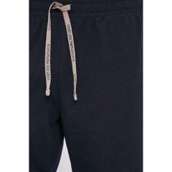Emporio Armani - Piżama. Czarne piżamy męskie Emporio Armani, l, z bawełny. W wyprzedaży za 349,90 zł.