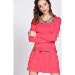 Koralowa Sukienka Shiny. Pomarańczowe sukienki mini marki Born2be, l. Za 59,99 zł.