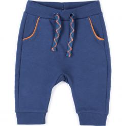 Spodnie. Niebieskie spodnie chłopięce FOX, z bawełny. Za 39,90 zł.