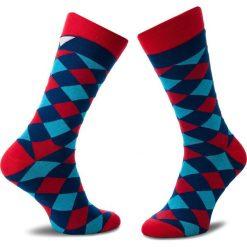 Skarpety Wysokie Unisex CUP OF SOX - Niebieskawe Romby Na Krwistej Skarpecie B Granatowy Kolorowy. Niebieskie skarpetki męskie Cup of sox, w kolorowe wzory, z bawełny. Za 24,00 zł.