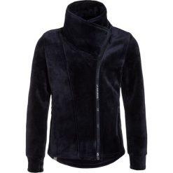 Bench GIRLS BIKER Bluza rozpinana essentially navy. Szare bluzy dziewczęce rozpinane marki Bench, z bawełny, z kapturem. W wyprzedaży za 161,85 zł.