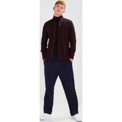 Koszule męskie na spinki: Burton Menswear London OXFORD    Koszula plum
