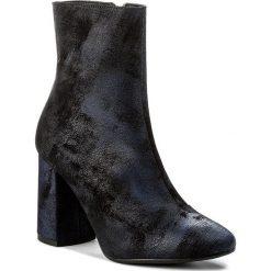 Botki LASOCKI - 303-1 Granatowy. Niebieskie buty zimowe damskie Lasocki, ze skóry, na obcasie. W wyprzedaży za 90,00 zł.