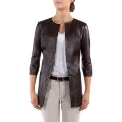Płaszcz damski 80-09-903-4. Szare płaszcze damskie marki QUIOSQUE, uniwersalny, w paski, eleganckie. Za 799,00 zł.
