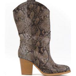 Buty Wojas krótkie kozaczki botki skóra węża 36
