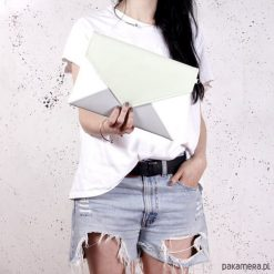 Torebki i plecaki damskie: Kopertówka Letter biała szara zielona pastelowa