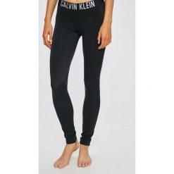 Calvin Klein Jeans - Legginsy. Czarne jegginsy damskie marki bonprix, z podwyższonym stanem. W wyprzedaży za 239,90 zł.