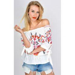Odzież damska: Bluzka hiszpanka ze ściągaczem z motywem kwiatowym