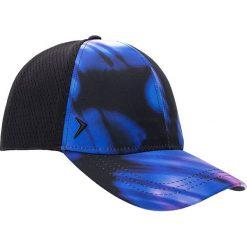 Czapka damska CAD601 - multikolor - Outhorn. Niebieskie czapki z daszkiem damskie Outhorn, na lato, z materiału. W wyprzedaży za 29,99 zł.