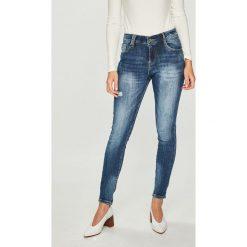 Answear - Jeansy. Niebieskie jeansy damskie rurki marki ANSWEAR, z bawełny. W wyprzedaży za 99,90 zł.