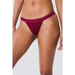 Hot Anatomy Dół bikini z marszczeniem Sweet - Red. Czerwone bikini marki DOMYOS, z elastanu. Za 80,95 zł.