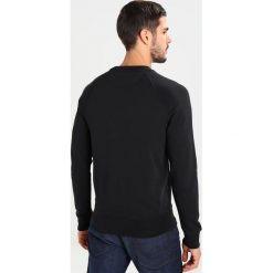Bejsbolówki męskie: GANT SHIELD CNECK Bluza black