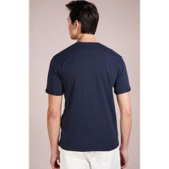 T-shirty męskie z nadrukiem: Les Deux Tshirt z nadrukiem navy