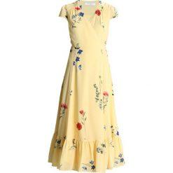 Długie sukienki: IVY & OAK WRAP DRESS CAP SLEEVE VOLANT Długa sukienka lemon sorbet