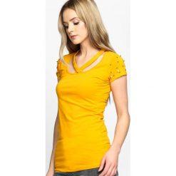 Żółty T-shirt Intertwined. Żółte bluzki damskie marki Mohito, l, z dzianiny. Za 24,99 zł.
