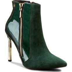 Botki MACCIONI - 436 Zielony. Zielone buty zimowe damskie Maccioni, z lakierowanej skóry. W wyprzedaży za 269,00 zł.