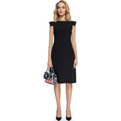 Czarna Sukienka Trapezowa z Rękawem Skrzydełko. Czarne sukienki balowe marki bonprix, do pracy, w paski, moda ciążowa. Za 139,90 zł.