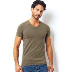 Męski T-shirt włoskiej produkcji Enrico Coveri 1501i Salvia. Szare podkoszulki męskie Astratex, m, z bawełny, z krótkim rękawem. Za 45,99 zł.