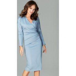 Sukienka z marszczeniem k477. Niebieskie długie sukienki Global, do pracy, s, biznesowe, z dekoltem w serek, z długim rękawem. Za 179,00 zł.