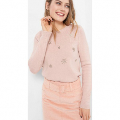 Sweter z aplikacją 3D. Brązowe swetry klasyczne damskie Orsay, na zimę, xs, z dzianiny. Za 119,99 zł.