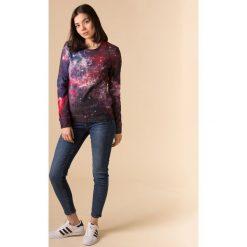 Bluzy damskie: Bluza bawełniana damska Deep Red Nebula