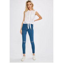 Missguided - Jeansy Vice. Niebieskie jeansy damskie marki Missguided, z podwyższonym stanem. W wyprzedaży za 89,90 zł.