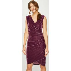 Answear - Sukienka. Brązowe sukienki balowe ANSWEAR, l, z dzianiny, mini, dopasowane. W wyprzedaży za 89,90 zł.