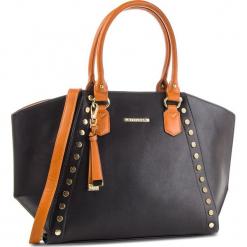 Torebka WITTCHEN - 87-4Y-403-1 Czarny. Czarne torebki klasyczne damskie Wittchen, ze skóry ekologicznej. W wyprzedaży za 229,00 zł.