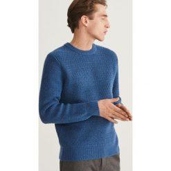 Sweter - Niebieski. Szare swetry klasyczne męskie marki Reserved, l, w paski, z klasycznym kołnierzykiem. Za 159,99 zł.