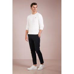 Polo Ralph Lauren Sweter white. Białe swetry klasyczne męskie Polo Ralph Lauren, m, z bawełny, polo. Za 629,00 zł.