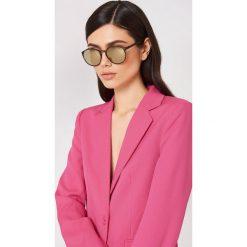 Le Specs Okulary przeciwsłoneczne Swizzle - Brown. Brązowe okulary przeciwsłoneczne damskie aviatory Le Specs, okrągłe. Za 202,95 zł.