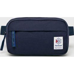 Reebok Classic - Nerka. Niebieskie walizki marki Reebok Classic, w paski, z materiału, małe. Za 79,90 zł.