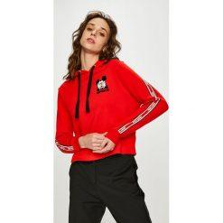Tally Weijl - Bluza. Czerwone bluzy z kapturem damskie marki TALLY WEIJL, l, z dzianiny, z krótkim rękawem. Za 129,90 zł.