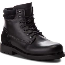 Kozaki TOMMY HILFIGER - Active Leather Boot FM0FM01774  Black 990. Czarne botki męskie TOMMY HILFIGER, z materiału. W wyprzedaży za 559,00 zł.