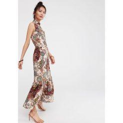 fa85659dc9 Długa sukienka z falbaną - Wielobarwny. Szare sukienki damskie Reserved