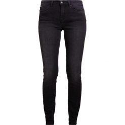 DRYKORN PULL Jeans Skinny Fit dark grey denim. Szare rurki damskie DRYKORN. W wyprzedaży za 503,20 zł.