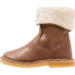 Pinocchio Botki naturel. Brązowe buty zimowe damskie Pinocchio, z wełny. W wyprzedaży za 188,55 zł.