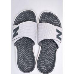 New Balance - Klapki. Szare klapki męskie New Balance, z gumy. W wyprzedaży za 119,90 zł.