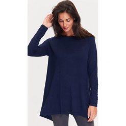 Sweter w kolorze granatowym. Niebieskie swetry klasyczne damskie TATUUM, s. W wyprzedaży za 134,95 zł.