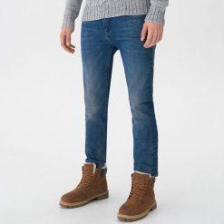 Jeansy slim fit - Niebieski. Niebieskie jeansy męskie relaxed fit marki Reserved. Za 139,99 zł.