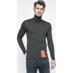Swetry klasyczne męskie: Marciano Guess – Sweter