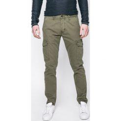 Chinosy męskie: Wrangler – Spodnie CARGO