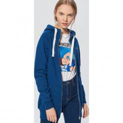 Długa bluza z kapturem - Granatowy. Niebieskie bluzy z kapturem damskie marki Cropp, l, z długim rękawem, długie. Za 89,99 zł.