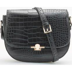 Torebka z zarysowaną teksturą - Czarny. Czarne torebki klasyczne damskie Reserved. Za 119,99 zł.
